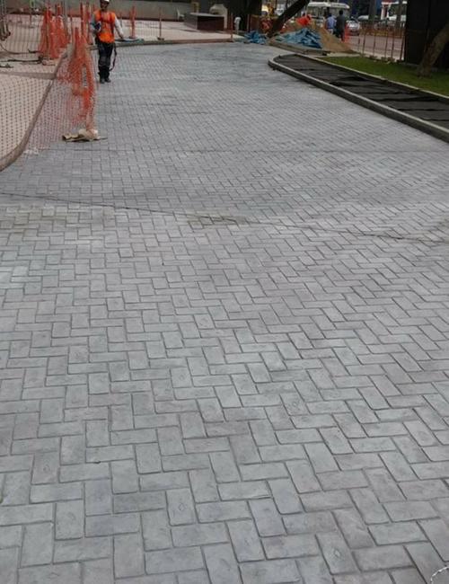 Pisos de estacionamiento y pavimentos vehiculares for Adoquin para estacionamiento